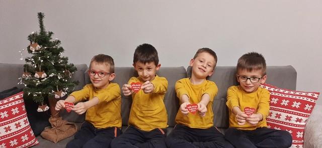 Bracia Czerwińscy (od lewej): Bartek, Adaś, Piotrek i Michaś już przygotowują  się do 29. Finał WOŚP, który odbędzie się 31 stycznia 2021 r.