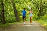 Co daje bieganie i jakie efekty może zapewnić? Jak zacząć biegać? Jak wykonać rozgrzewkę przed bieganiem i po co jest tętno maksymalne?