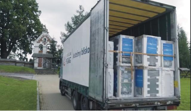 30 poszkodowanych przez powódź rodzin z gminy Bircza otrzymało nowy sprzęt AGD od PGNiG.