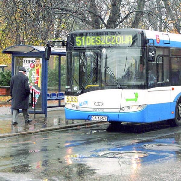 Autobusy w barwach przewoźników z różnych miast Polski kursować będą po bydgoskich ulicach do końca listopada