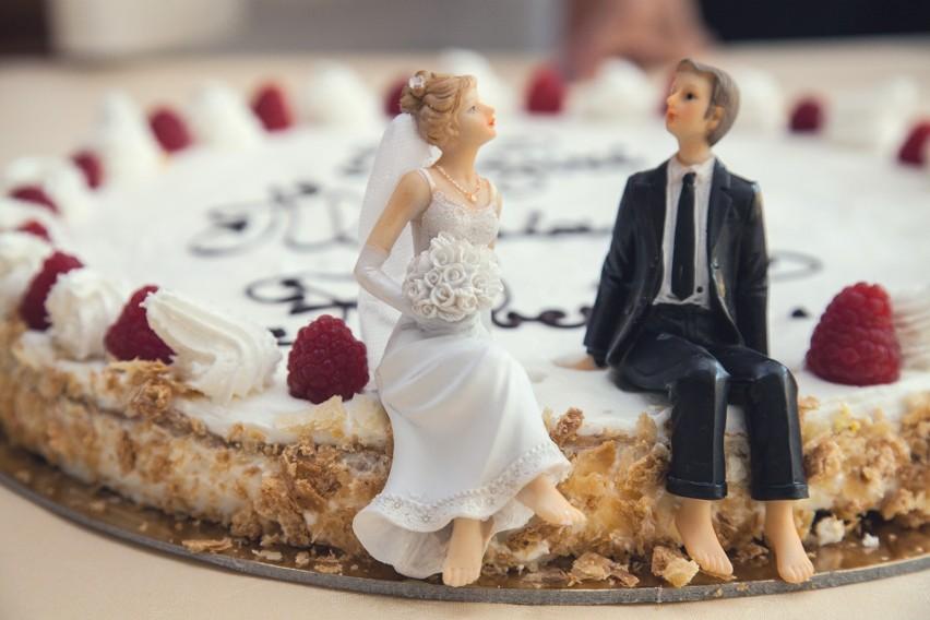 Stworzyliśmy słodką galerię tortów weselnych. O takich...