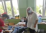 """""""Krew darem życia"""", czyli letnia akcja honorowego krwiodawstwa w Sobkowie już po raz 21. Drogocenny lek oddało 99 osób. Będą nagrody"""