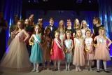 25. jubileuszowa gala Małej Miss Miasta i Gminy Małogoszcz za nami. Małą Miss 2020 oraz Miss Publiczności została Nadia Kałwa (ZDJĘCIA)
