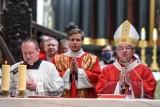 Co z niedzielną mszą świętą i procesjami w Boże Ciało? Archidiecezja Gdańska podała wytyczne dla wiernych. Arcybiskup odwołał dyspensę
