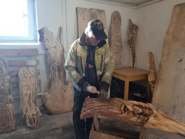 Mikorowo ma swoją pracownię rzeźbiarską.