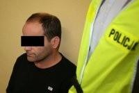 44-latek dobrowolnie poddał się karze 3 lat więzienia, karze grzywny, ma też naprawić szkody.