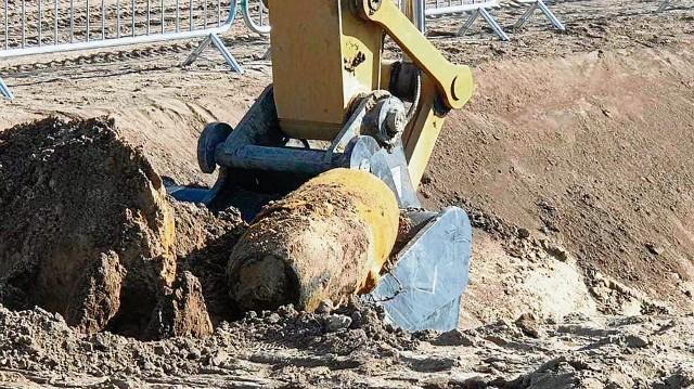 Tak wyglądała ćwierćtonowa bomba  znaleziona wiosną 2021 roku na terenie budowy Polimerów Police. Podobna będzie usuwana 26 września z terenu zakładów chemicznych