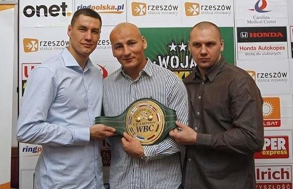 W głównych walkach zobaczymy m.in. Pawła Kołodzieja, Artura Szpilkę i Krzysztofa Głowackiego.