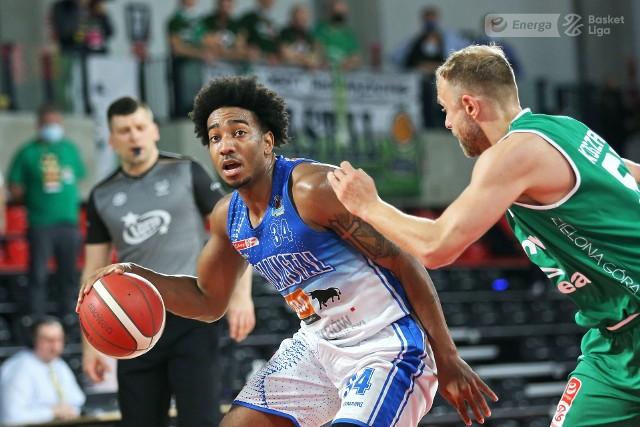 Koszykarze Enei Zastalu BC Zielona Góra przegrywają 1:3 ze Stalą Ostrów Wlkp. w finale play off Energa Basket Ligi.