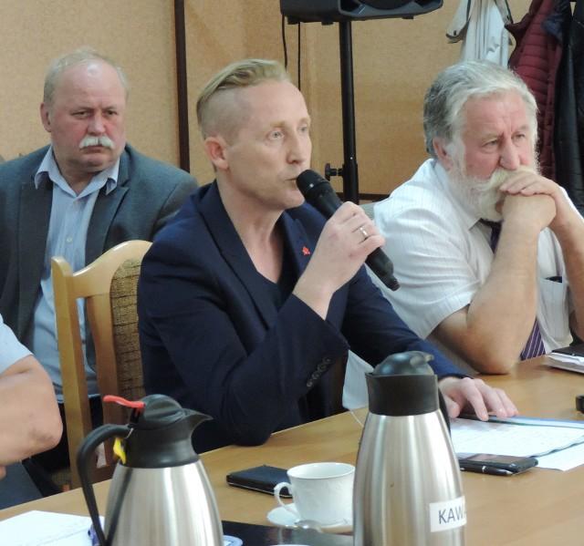 Paweł Namieśnik zarzuca dyrektor PCPR brak wsparcia dla rodzin zastępczych