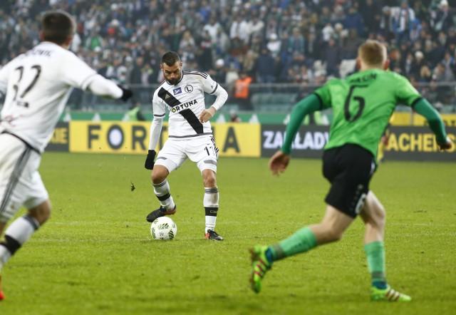 Nemanja Nikolić strzelił trzy gole Górnikowi Łęczna, a Legia Warszawa wygrała 5:0.