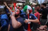 Kibice w czasie finału Włochy - Anglia na Mariackiej ZDJĘCIA Fani spotkali się w Katowicach, aby razem oglądać mecz. Ale emocje!