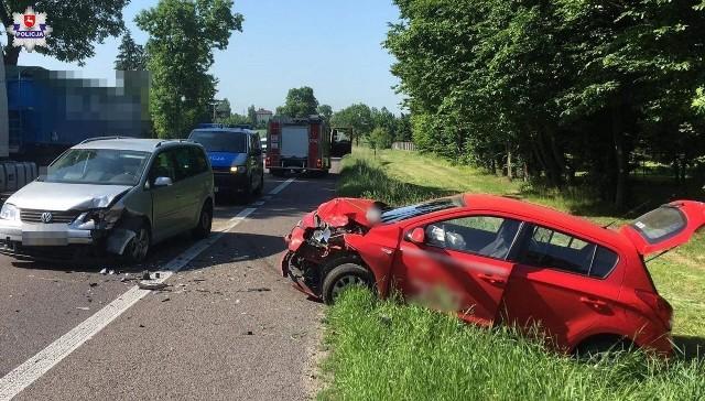 Do groźnego zderzenia pojazdów na drodze krajowej numer DK 17 doszło wczoraj w miejscowości Wólka Orłowska