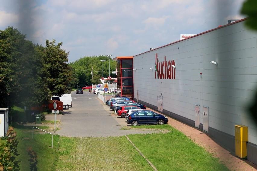 Podium zamyka francuska sieć handlowa Auchan z wynikiem 8,98...