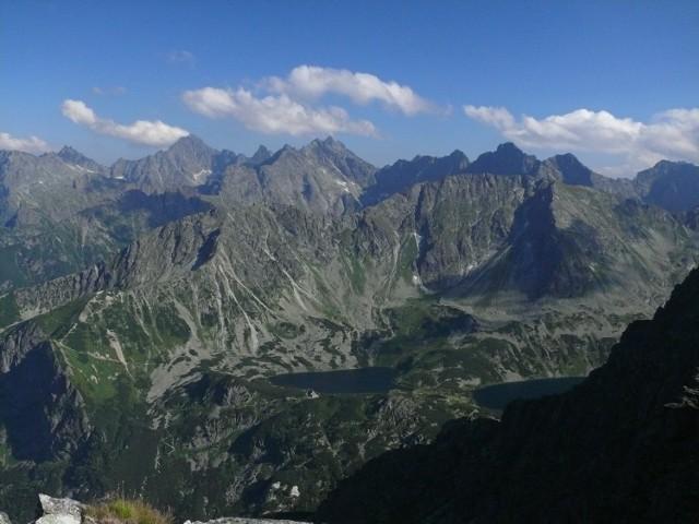 Widok z Granatów w kierunku wschodnim.
