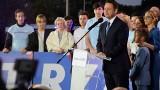 Wybory prezydenckie 2020. Rafał Trzaskowski przegrywa z Andrzejem Dudą, ale liczy na odrobienie straty [RELACJA ZE SZTABU]