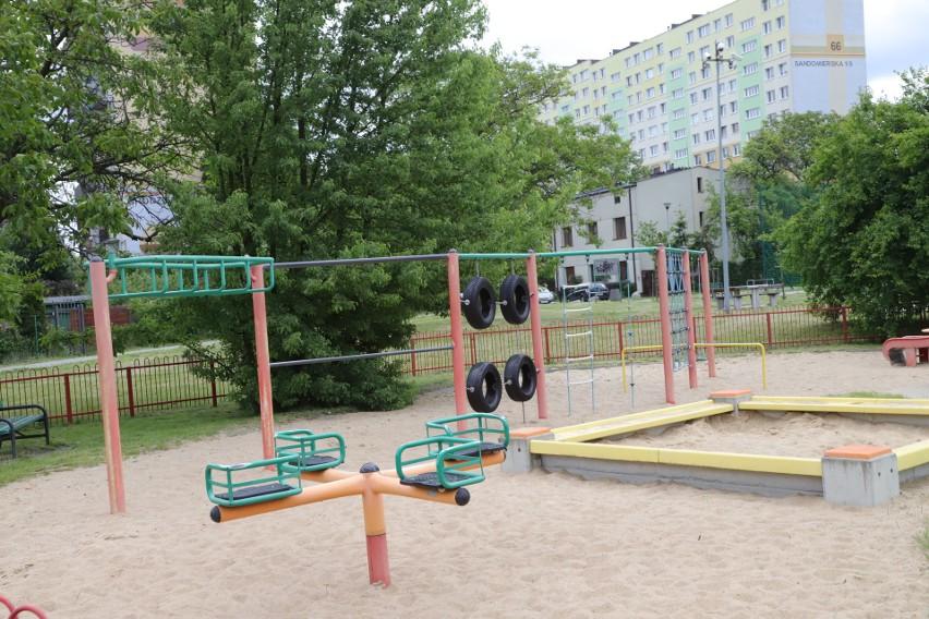Place zabaw i siłownie na Stawach Stefańskiego, Stawach Jana, Arturówku i na Młynku otwarte od soboty (6 czerwca). Kolejne w ciągu tygodnia