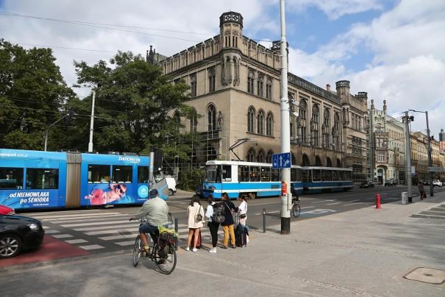 Nowa Giełda przy ulicy Krupniczej we Wrocławiu.