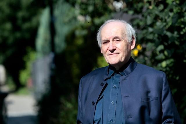 Profesor Janusz Odziemkowski: Powinniśmy pamiętać, że nigdy nie należy opuszczać rąk. Nadzieja na zwycięstwo zwielokrotnia siły i często niemożliwe czyni możliwym