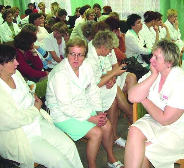 Pielęgniarki zdecydują, czy podejmą strajk. Dyrektor chce, by zaczekały na pieniądze za nadwykonania za miniony rok.