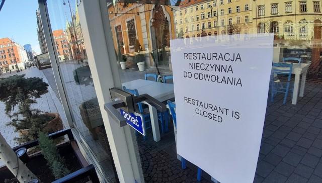 Koronawirus. Zamknięte lokale gastronomiczne we Wrocławiu.