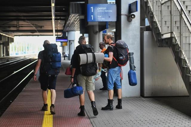 Utrudnienia na trasie kolejowej Poznań – Szczecin. Rano doszło do wykolejenia się pociągu między Kiekrzem i Rokietnicą