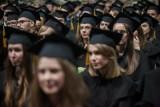 W tych miastach uczyło się najwięcej osób z majątkiem przekraczającym 100 mln euro. Jak wypadają absolwenci uczelni w Poznaniu?