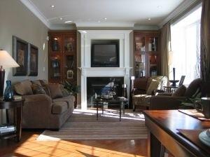 Biuro i pokój dzienny w jednym pomieszczeniu - to praktyczne rozwiązanie w domach lub mieszkaniach o małych metrażach