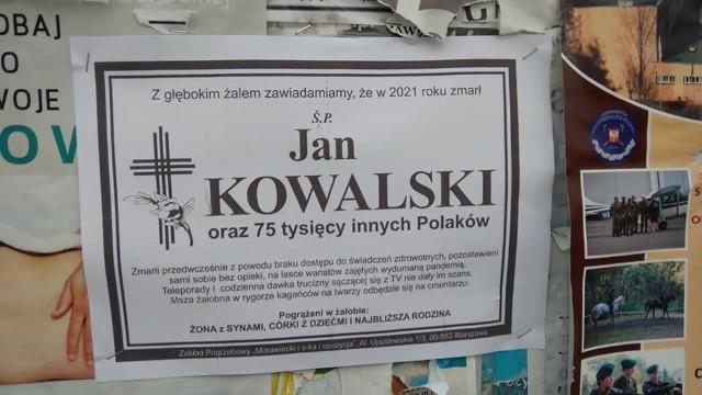 Takie plakaty pojawiły się na tablicach ogłoszeniowych na terenie Szydłowca.