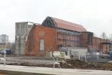 """Bytom. Budynki po KWK """"Rozbark"""" przechodzą metamorfozę. Już wkrótce otwarcie Centrum Sportów Wspinaczkowych i Siłowych"""