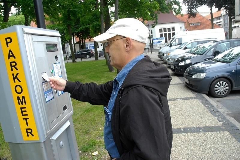 Za parkowanie w Ustce trzeba będzie płacić do połowy września.