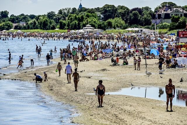 Wakacje nad Bałtykiem wybrało wielu Polaków.