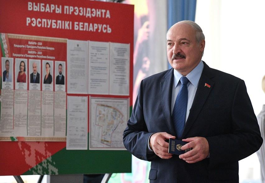 """Łukaszenka: """"Demonstranci dostają dyspozycje z zagranicy, m.in. z Polski. Ich mocodawcy podburzają naród"""""""