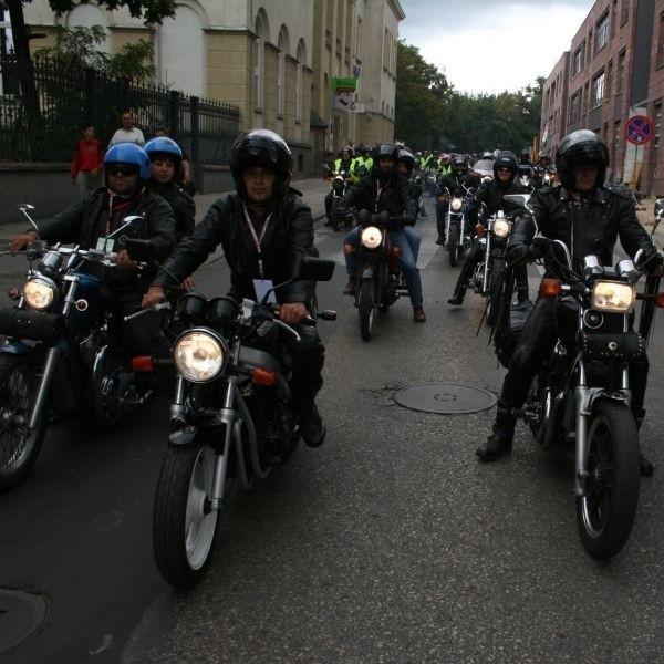 Parada motocykli przejechała wczoraj ulicami Kielc. W zlocie brało udział ponad 100 maszyn