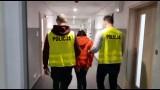 """Toruń. Policja zatrzymała 41-latkę podejrzaną o wyłudzenia """"na policjanta"""". Małżeństwo z Rubinkowa straciło 15 tysięcy złotych"""