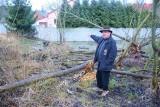 Bobry budują tamę tuż za ogrodzeniem naszego Czytelnika, a jego podwórko powoli zamienia się w jezioro [GALERIA]