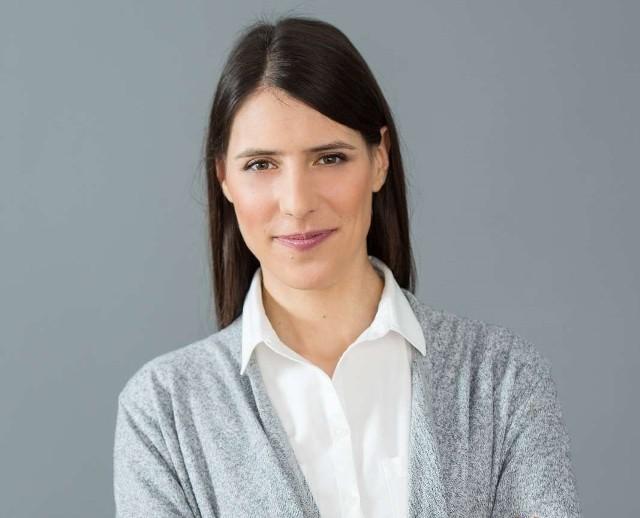 Sylwia Snopek, ekspertka czuwająca nad dietą pudełkową Pomelo, absolwentka Warszawskiego Uniwersytetu Medycznego, kierunku dietetyka opowiada o popularnej diecie low carb.
