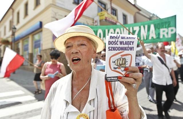 Marsz w obronie telewizji Trwam w RzeszowieMarsz w obronie telewizji Trwam w Rzeszowie.