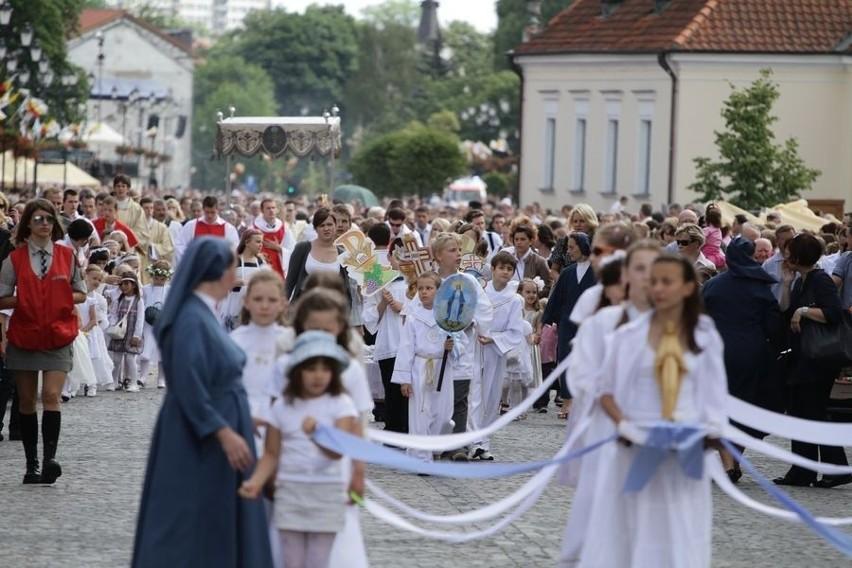 Boze Cialo 2011 - procesja w Bialymstoku...