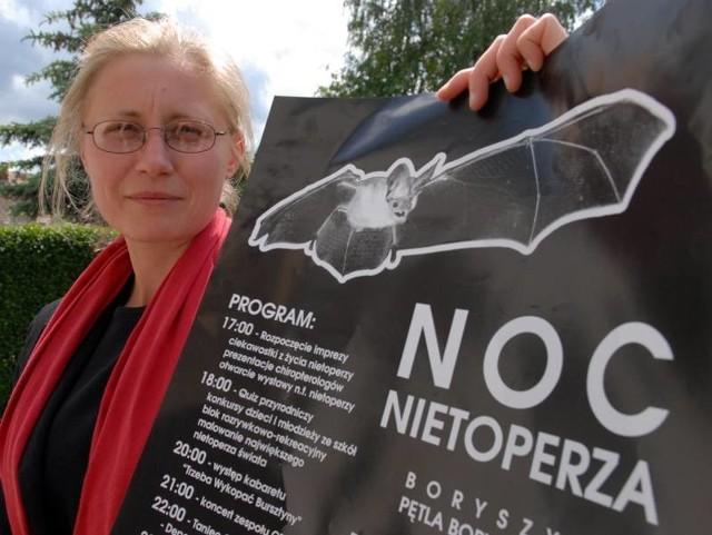 Sylwia Banak prezentuje program Nocy Nietoperza.
