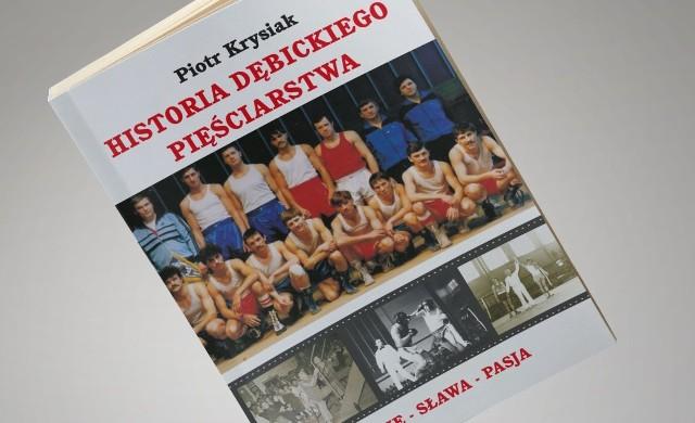 Piotr Krysiak przedstawia m.in. bogatą historię dębickiego boksu.