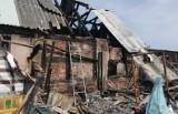Spłonął dom we wsi Babinek. Rodzina potrzebuje pomocy
