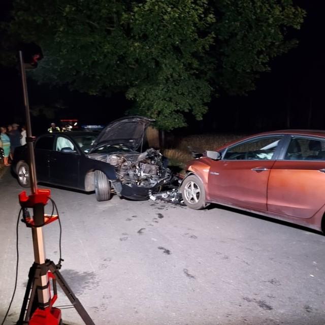W nocy z 30 na 31 lipca doszło do wypadku samochodowego na trasie do Ośrodka Wypoczynkowego Skorzęcin. W wyniku zderzenia dwie osoby zostały poszkodowane.