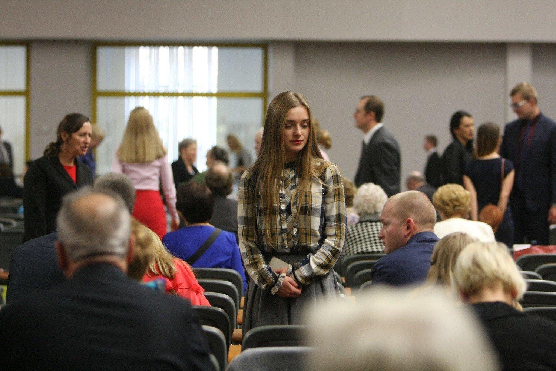 Ponad 2 Tys Osób Na Zgromadzeniu świadków Jehowy W Sosnowcu Zdjęcia