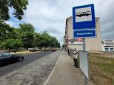 Brak wiat przystankowych przy ulicy Kopernika w Słupsku. Mieszkańcy byli zdezorientowani