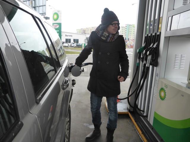 Kierowcy mają nadzieję, że komunalna stacja nie tylko da im alternatywę, ale także wymusi spadek cen paliwa w całej Nysie.