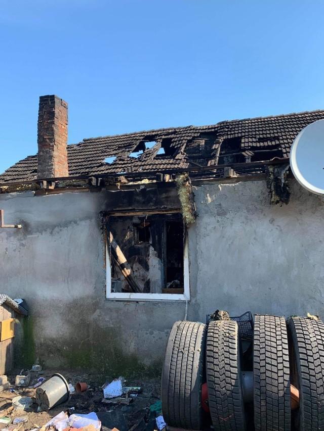Rodzina, która straciła dom w pożarze, potrzebuje pomocy