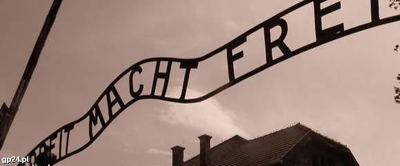 Słynny napis z obozu koncentracyjnego
