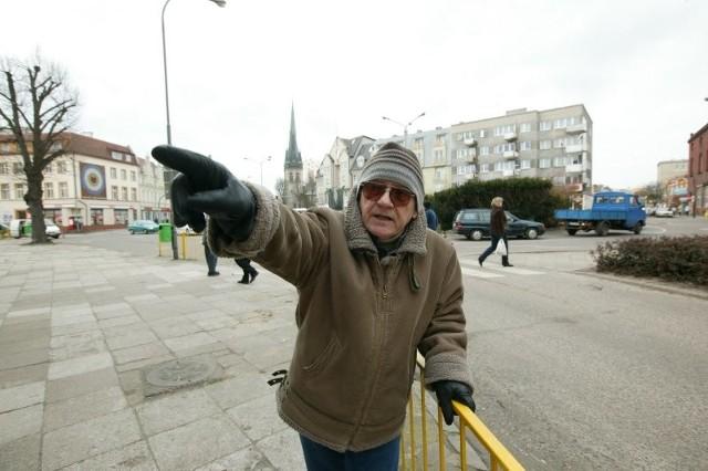 - Wystarczy nam strefa dla pieszych na deptaku przy Bohaterów Września - mówi Henryk Reda. - Na jej powiększaniu stracą przede wszystkim przedsiębiorcy. Takie zielone skwerki mogą być przy promenadzie a nie w środku miasta.
