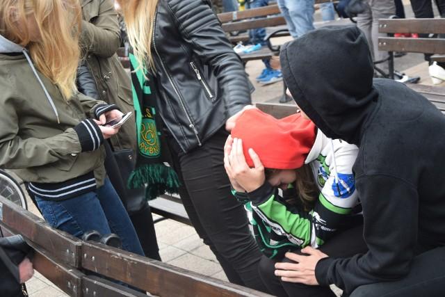 ROW Rybnik - Motor Lublin: Rybniczanie kibicowali na rynku od euforii do płaczu